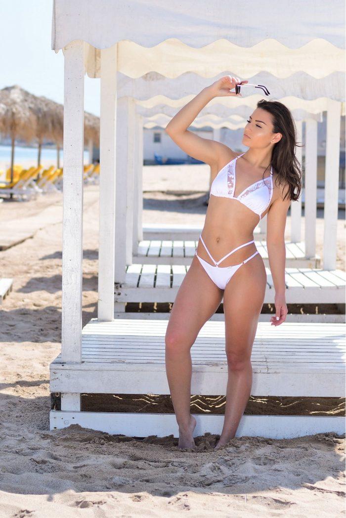 Paraiso-Triangle-Bikini-White-Lace-Gabbi-White-Swimwear