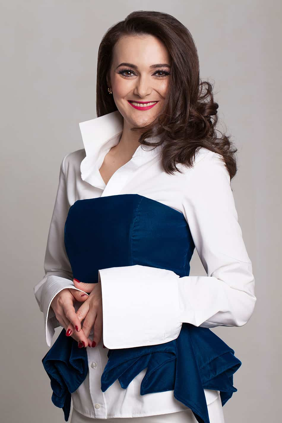 Gabriela-Goicea-Designer-Gabbi-White-About-Page-Costume-de-Baie-Swimsuits